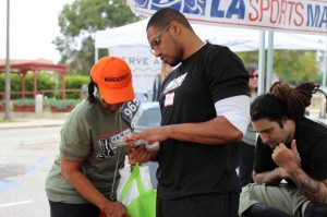 LASportMassage-Walk-for-Warriors-May-2015_123